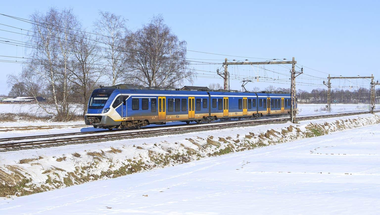 IMG_2082 - NS Sprinter 2339 (Hengelo-Apeldoorn) bij Dijkerhoek, 11-02-2021.-GF.