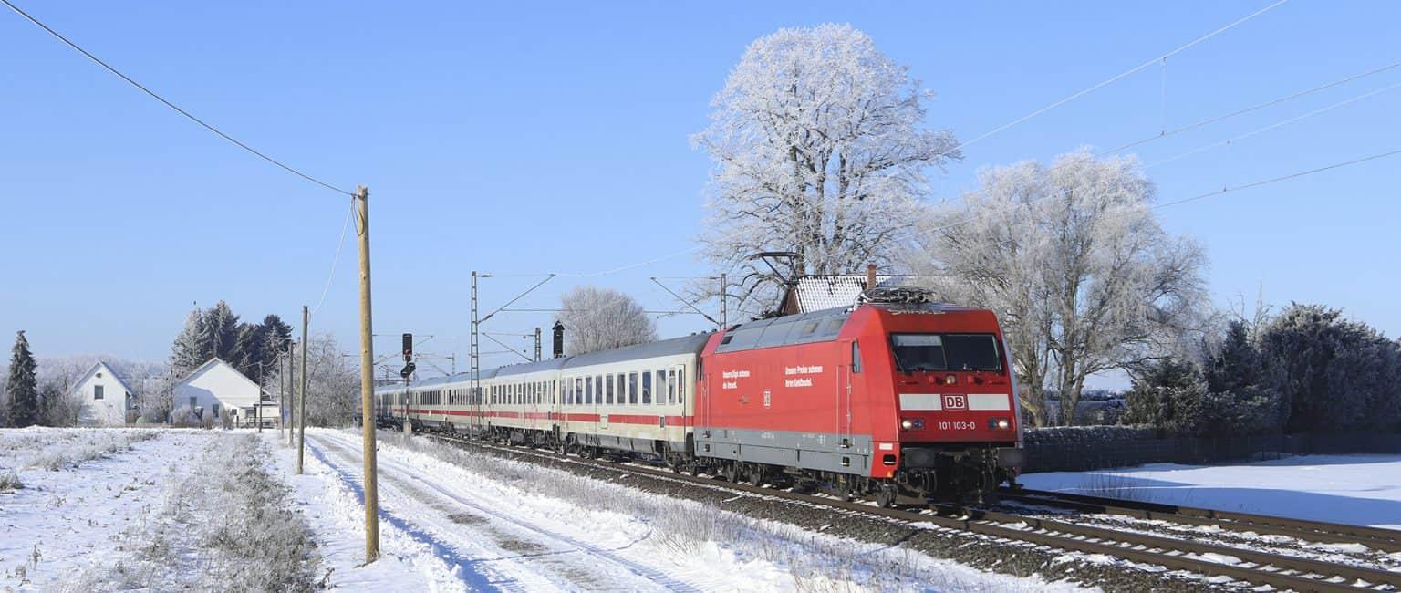 DB 101 103-0 met IC 245 Amsterdam-Berlijn bij Probsthagen, 13-02-2021.-GF